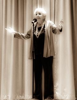 Esther Stutzman (Kalapuya, Coos)