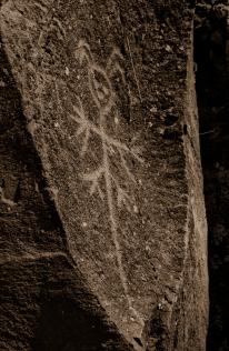 petroglyphs- nchi'wana-13