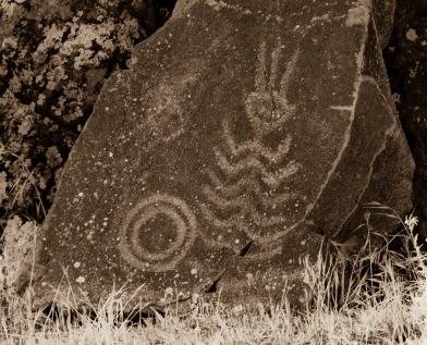 petroglyphs- nchi'wana-14